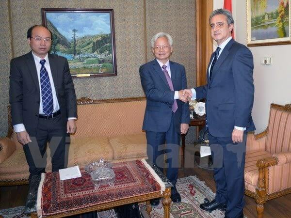 Vietnam, Egypt cooperate in scientific research and training