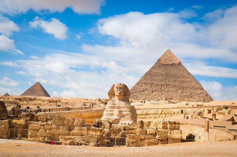 Kim tự tháp Giza nổi tiếng