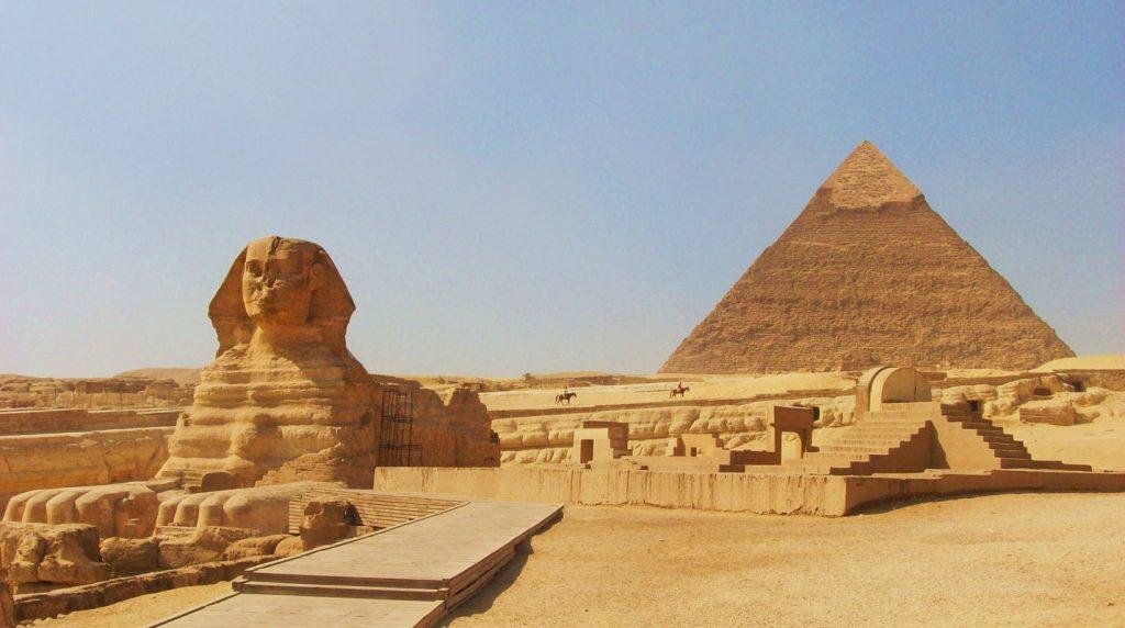 Khám phá Kim tự tháp Ai Cập